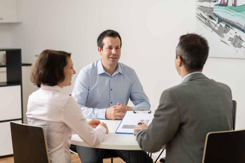 Büro Kandidat Personalberater Kunde